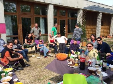 Petit BarbeQue le samedi midi, un vrai bonheur avec nos amis de Moun Païs..